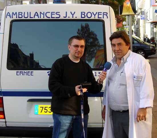 thierry_dewat_ambulances_boyer_a_ernee_mayenne_9_04_.jpg